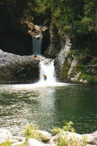 Rafting dans la rivièere des Roches