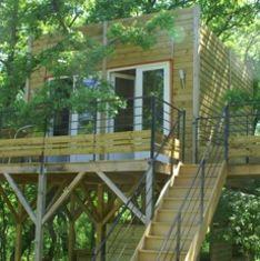 Séjour écolodge en Ardèche et Cabanes dans les arbres avec le Mas Escombelle