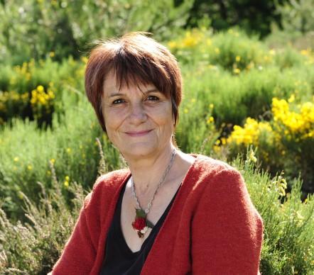 """Béatrice Barras, auteur de """"Chantier ouvert au Public - le Viel Audon, village coopératif"""""""