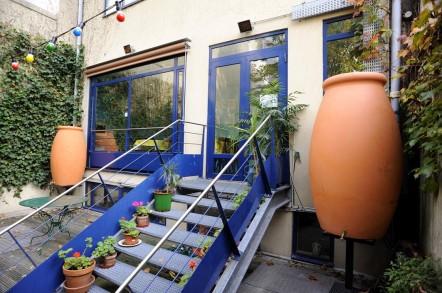 Système de récupération des eaux de pluie dans le jardin du Solar Hôtel ©SolarHotel