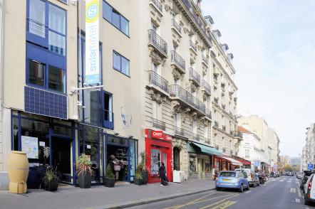 Solar Hotel. Fondateur Franck Laval. Paris 75014. Novembre 2009