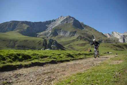 Le grand tour du Tourmalet à VTT - © Balaguère by Bike