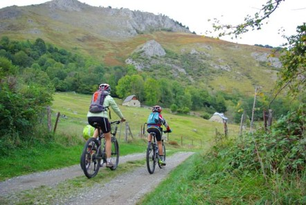 Val d'Azun - Pays des Gaves - © Balaguère by Bike