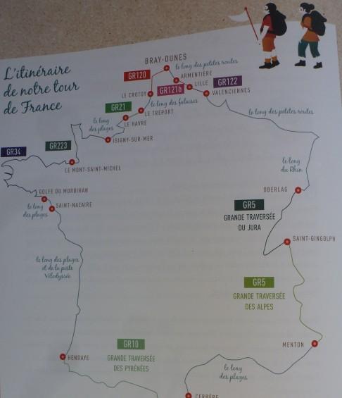 Le livre retrace l'aventure d'Aurélie et Laurent : le Tour de France en 379 jours, avec 6 134 km parcourus à pied !