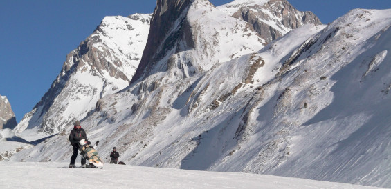 skis assis 3 aiguille vanoise-1