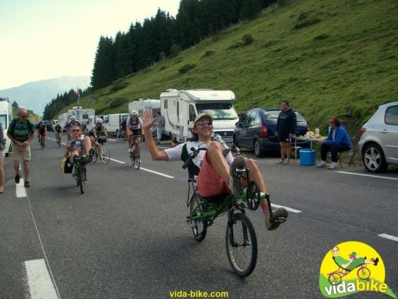 Jean Ferraton de vida bike a prouvé la maniabilité et le confort du vélo couché dans les Pyrénées, et vous ça vous tente?