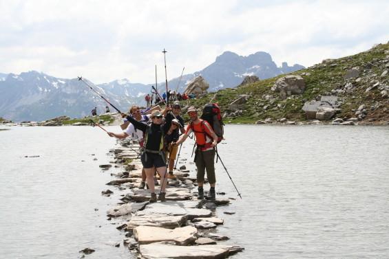 la joie de se retrouver en montagne, entre amis ou en famille (source coordination montagne)