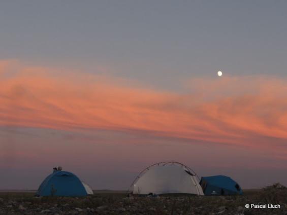 un bivouac sous les étoiles en Mongolie (crédit Pascal Lluch)
