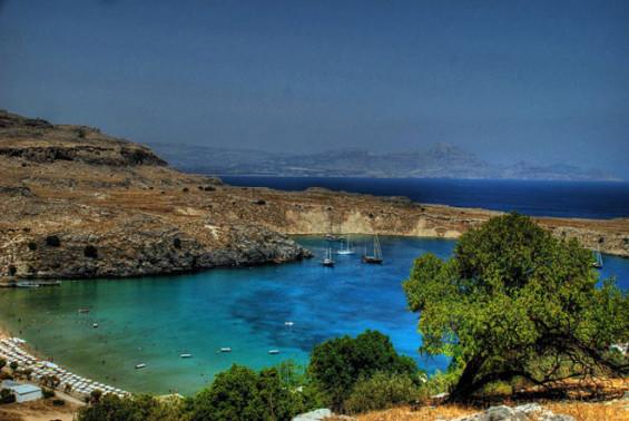 la Méditérrannée et ses pourtours, des zones ou le tourisme durable est un en jeu crucial