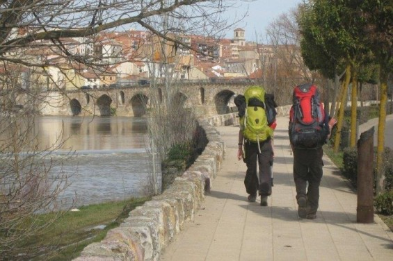 Pont avant village