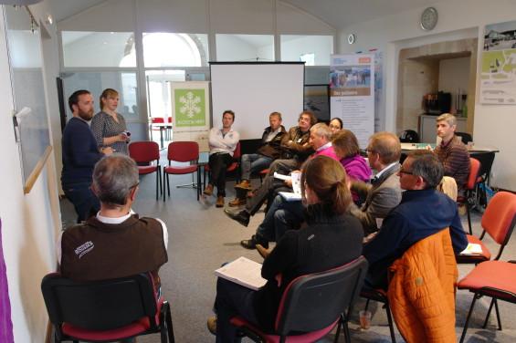 Par petits groupes les participants ont bossé sur la communication ou bine l'animation du flocon vert