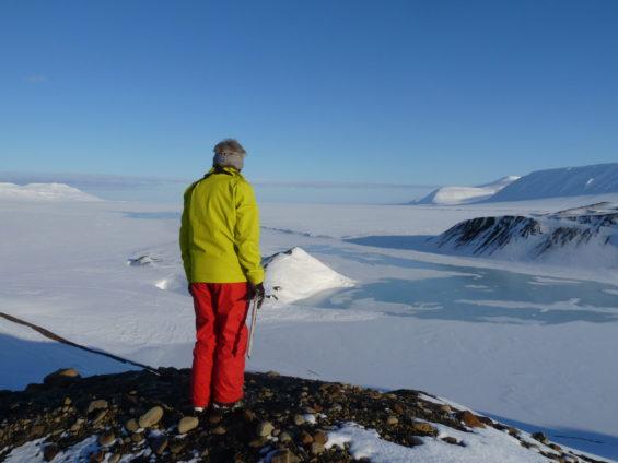Dans l'immensité blanche du Grand Nord avec 66°Nord
