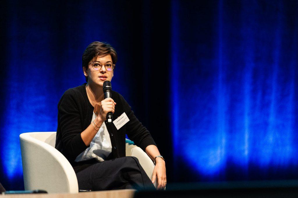 """Julie Benisty Oviedo (Bordeaux Tourisme & Congrès) pendant l'atelier """"Communiquer en temps de crise et affirmer son engagement !"""""""