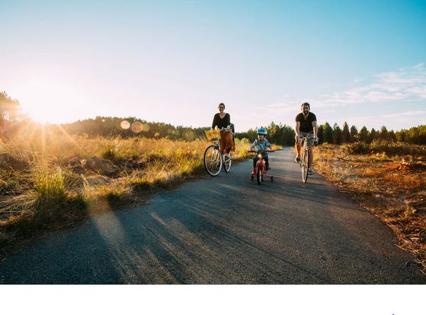 Famille- vélo-Landes-Vélodyssée