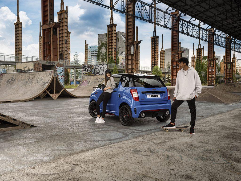 Les voitures sans permis - Ici la Ligier-JS50-Sport-Ultimate - plaisent de plus en plus aux jeunes © Groupe Ligier
