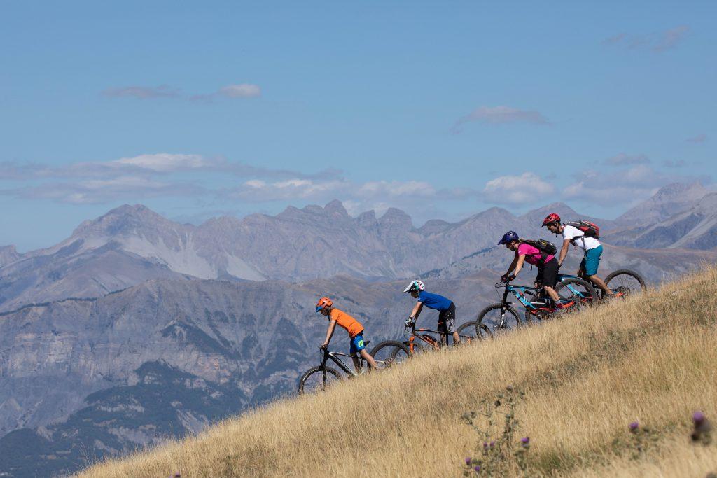 Ecotourisme à vélo dans les parcs naturels de PACA