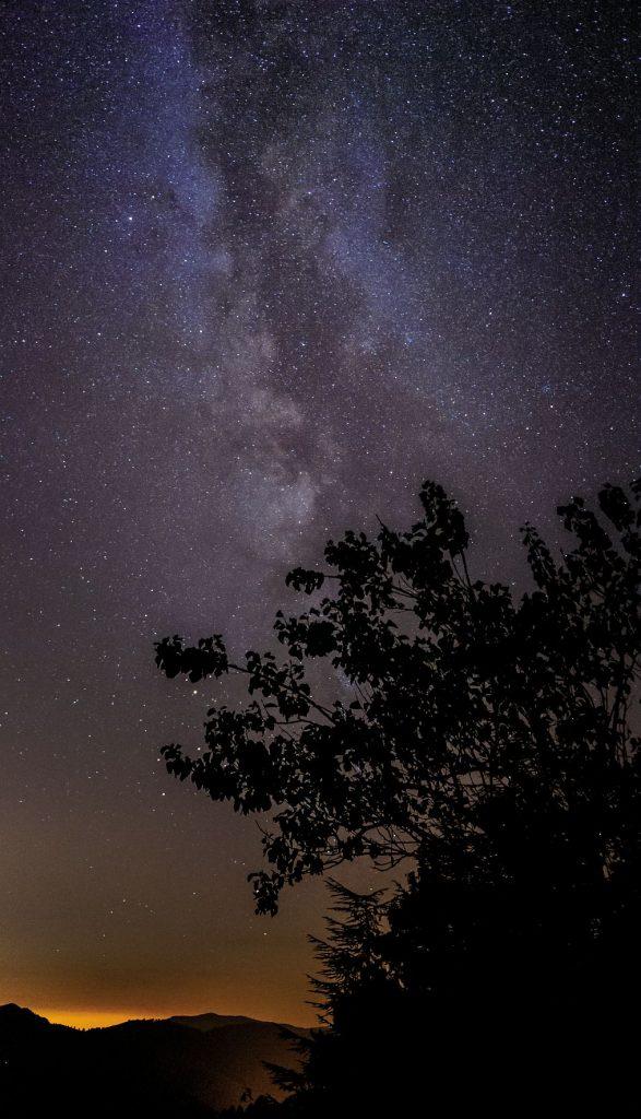 Illustration du ciel étoilé du Parc National des Cévennes, labellisé RICE (Réserve Internationale Ciel Etoilé).