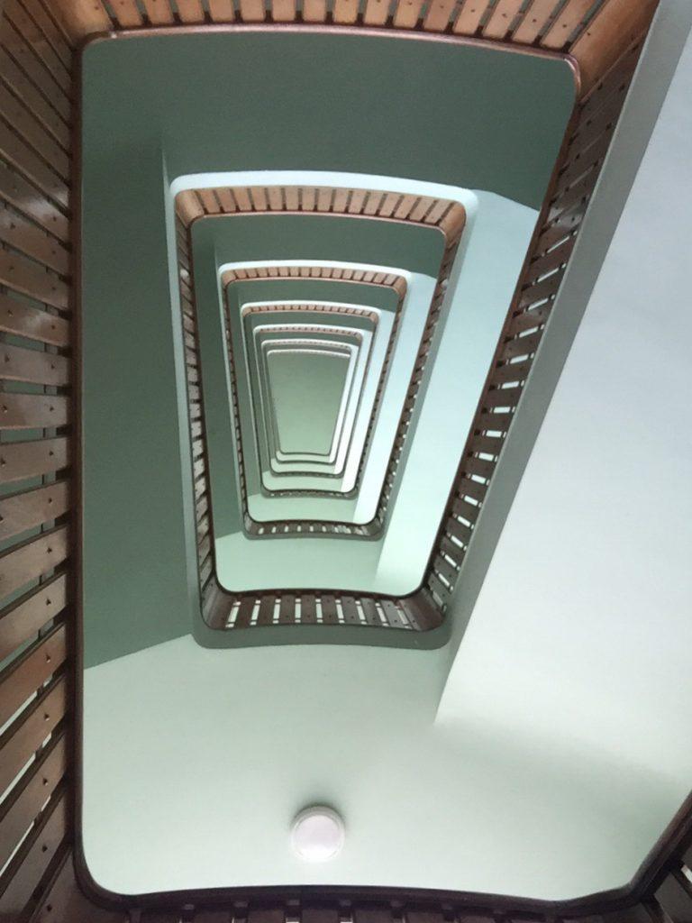 """Cage d'escalier de l'ISAI """"arsenal de terre"""", Lorient"""
