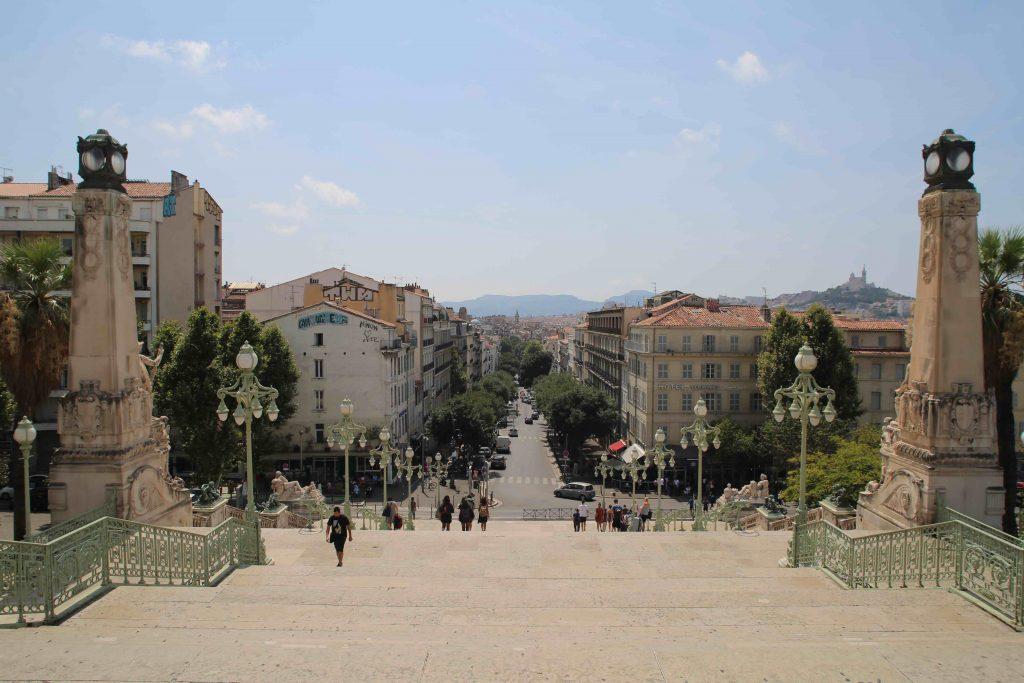 Dossier Travailler en voyageant : choisir sa destination de nomade digital