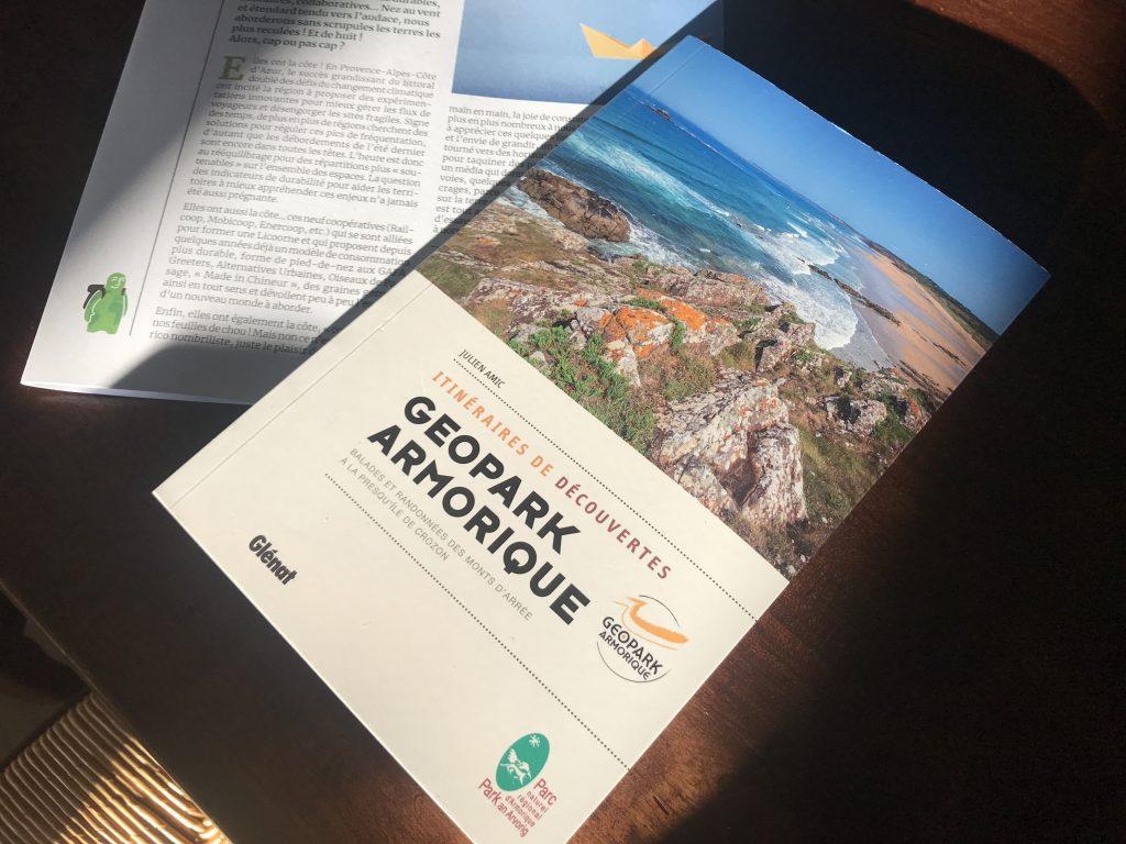 Julien Amic, auteur-photographe vient de publier le guide Geopark Armorique chez Glénat.