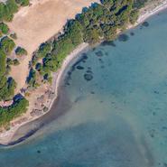 La lagune du Gaou vue du ciel - La côte de Six-Fours-les-Plages - Balade photo aérienne en ULM pendulaire avec Mwanga Vagabonde (Copyright Stéphanie Vigetta)
