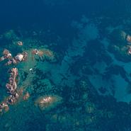 Voiliers et ecueils sur la côte rocheuse de Six-Fours-les-Plages - Balade photo aérienne en ULM pendulaire avec Mwanga Vagabonde (Copyright Stéphanie Vigetta)