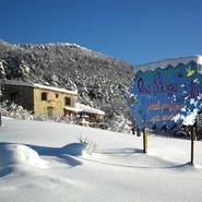 gite-les-ruchers-de-sallagriffon-sous-la-neige