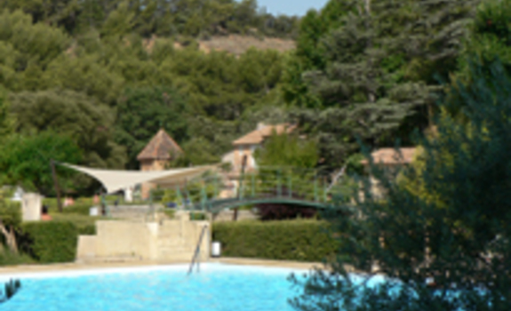 Camping domaine naturiste de b l zy b doin en france for Camping queyras piscine