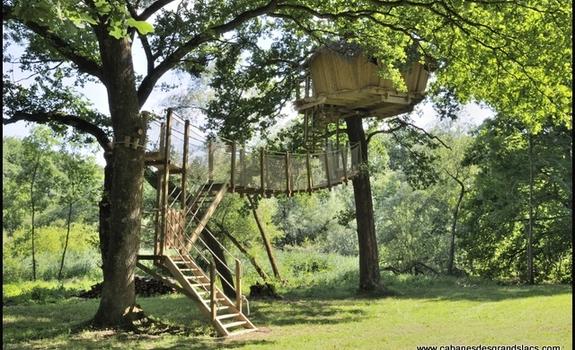 les cabanes des grands lacs chassey l s montbozon en france. Black Bedroom Furniture Sets. Home Design Ideas