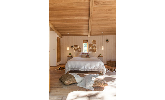 pella roca cabane spa labastide de penne en france. Black Bedroom Furniture Sets. Home Design Ideas